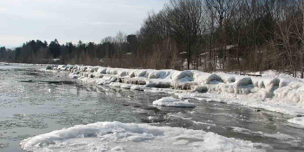 snow-shoreline-ice-float-flat-slab